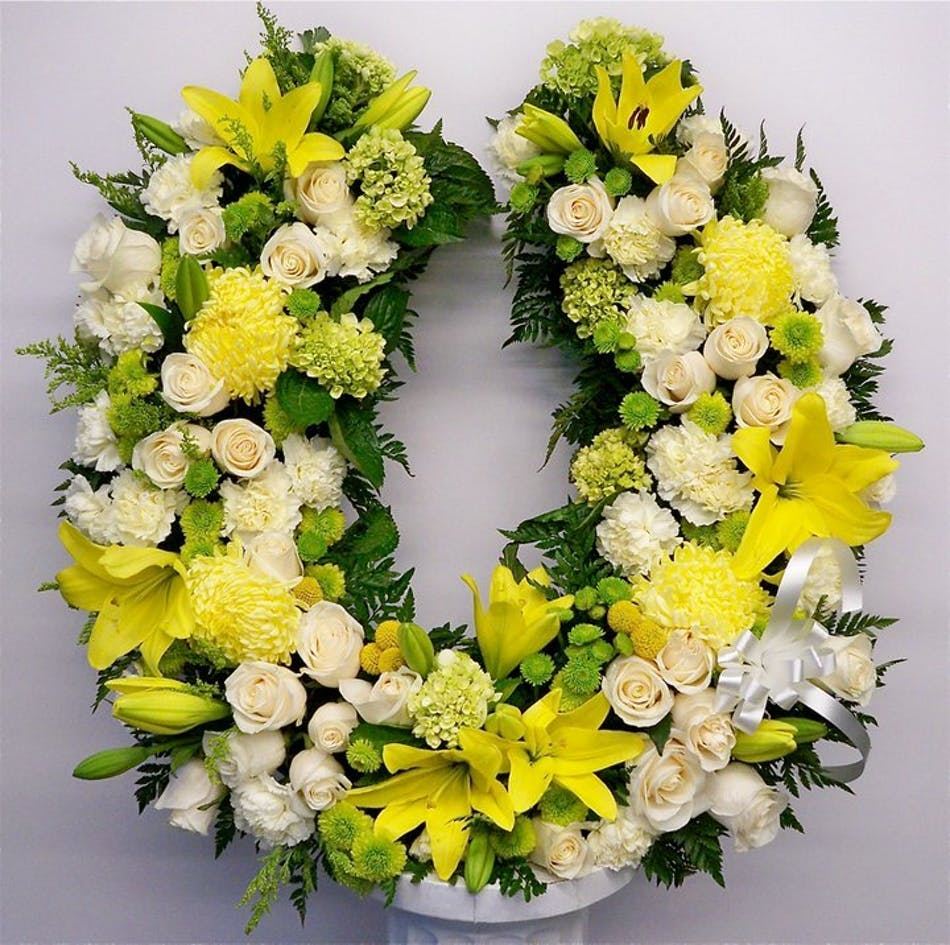 Horseshoe Sympathy Wreath In Boston Ma Central Square Florist