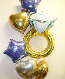 Jumbo Ring Engagement/Wedding Balloon Bouquet