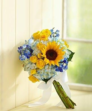 Country Wedding Petite Bouquet