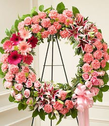 Mixed Pinks Standing Wreath